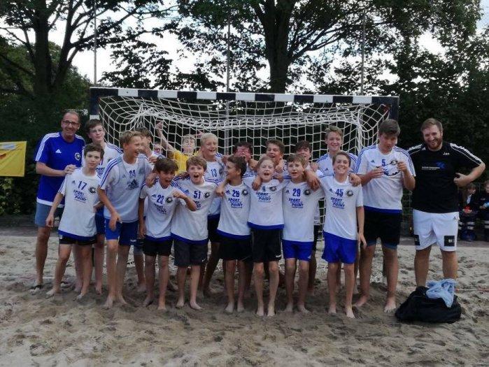 Jungs starten super mit dreifachem Sieg beim Beachturnier!