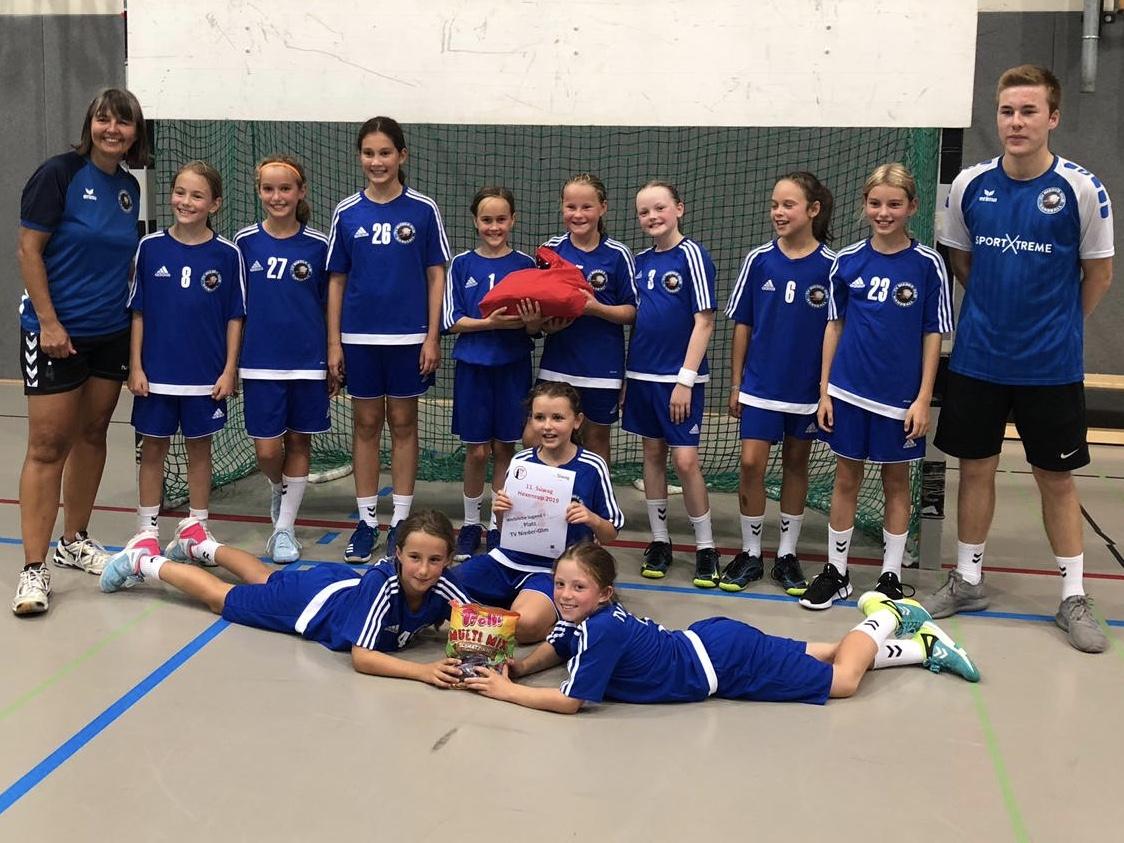 Powerhandball – weibliche E 1 gewinnt den Idsteiner Hexencup 2019